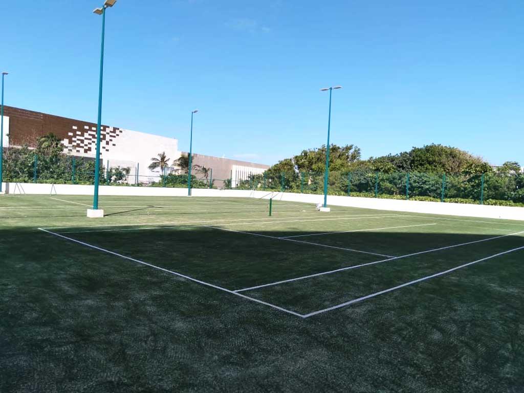 cancha de tenis pasto sintetico