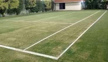 campo-tenis-pasto-sintetico