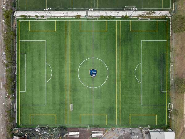 cancha de futbol - pasto sintetico