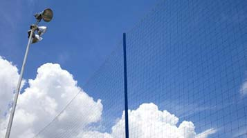 malla postes y red perimetral futbol 7